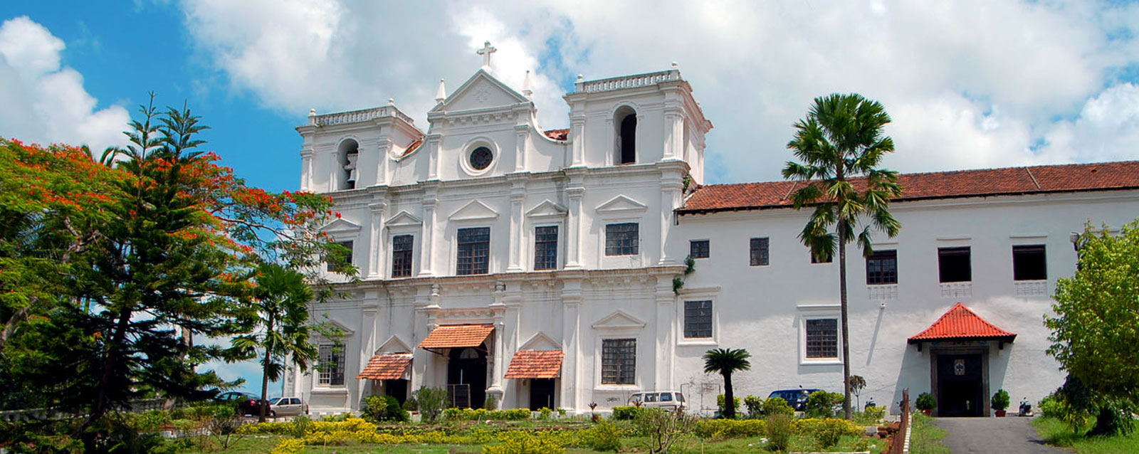 Seminary_main_goa