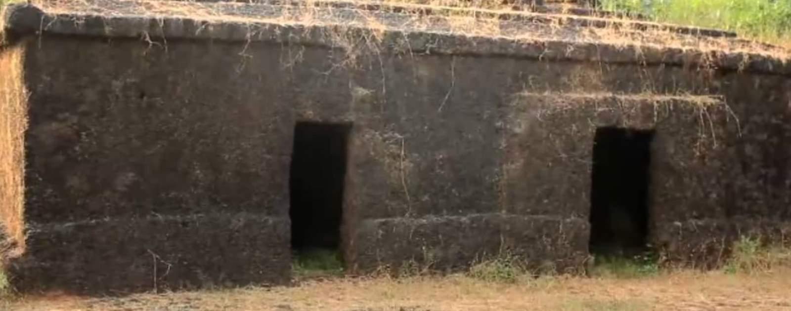 खांडेपारच्यो खडपाच्यो गुफा