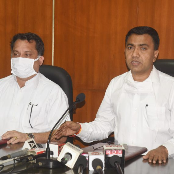 Chief Minister, Dr. Pramod Sawant briefing the Print & Visual media persons during the Press-conference at Porvorim on May 27, 2019. Power Minister, Shri Nilesh Cabral is also seen.