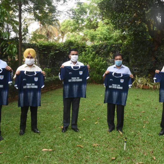मुखेलमंत्री डॉ. प्रमोद सावंत हाणीं आज आपल्या बंगल्यान डेम्पो स्पोर्ट्स क्लबच्या जर्सीचे शुभारंभ केले . आरोग्यमंत्री, श्री विश्वजीत राणे, मुख्य सचिव, श्री परिमल राय आयएएस, पोलिस महानिरीक्षक, श्री जसपाल सिंग आयपीएस आनी डेम्पो स्पोर्ट्स क्लबचे अध्यक्ष श्रीनिवास डेम्पो हाजीर आशिल्ले
