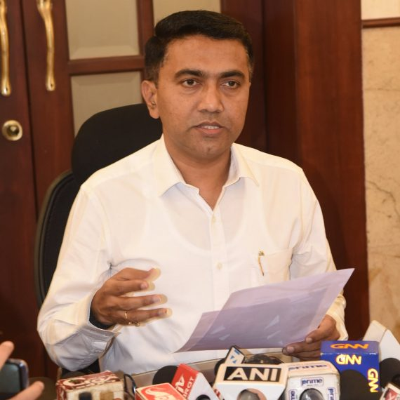 Chief Minister, Dr. Pramod Sawant briefing the Print & Visual Media Persons during the Press-conference at Altihno, Panaji on January 30, 2020.