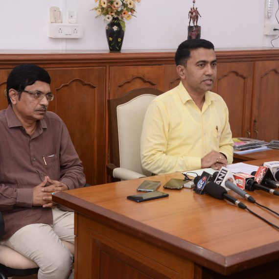 Chief Minister, Dr. Pramod Sawant briefing the Print and Visual Media persons at a Press-conference held at Official Residence, Altinho Panaji on September 24, 2019.