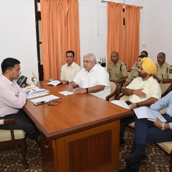 Chief Minister reviews the measures taken during Ganesh Festival at Altinho Panaji on Aug. 29, 2019
