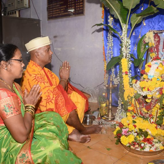 SMT. AND SHRI SUNIL PAL STAFF OF THE DEPARTMENT OF INFORMATION & PUBLICITY IS SEEN PERFORMING POOJA AT THE ANNUAL SHREE SATYANARAYAN MAHAPOOJA HELD IN THE OFFICE PREMISES ON NOVEMBER 2, 2019.