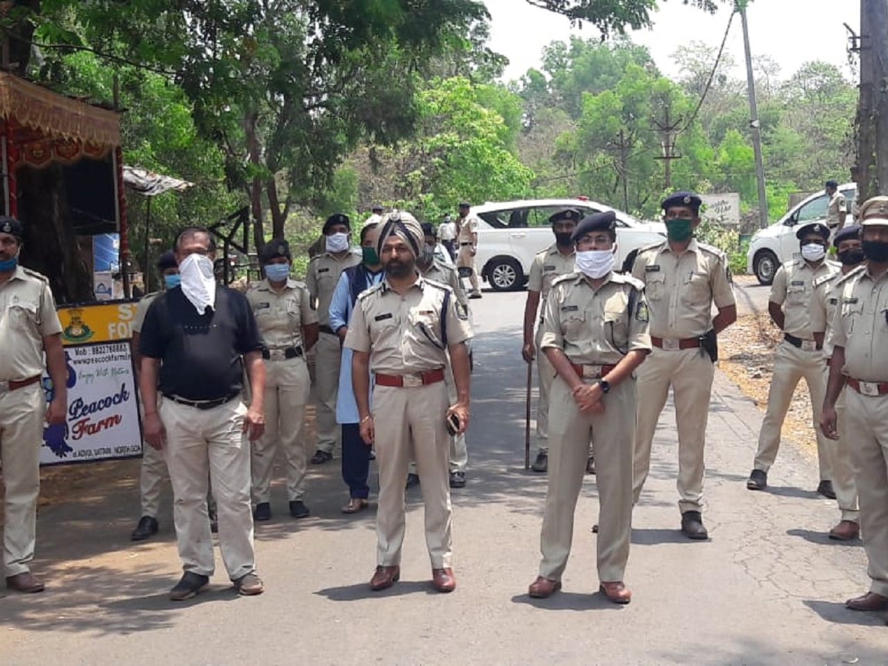 Police Personnel at the Keri Check Post - Goa-Karnataka Border.
