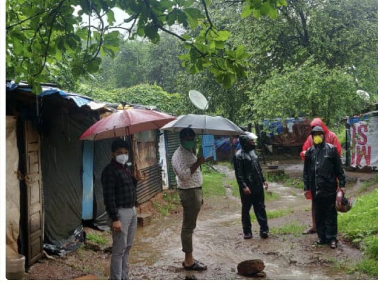 Deputy Collector, Bardez Shri.Akshay Potekar Along With Joint Mamlatdar Shri. Sandeep Gawade Inspected The Area Of Gumalwaddo, Anjuna.