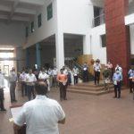 गोंय सचिवालय विभागांचे कर्मचारी 'राष्ट्रीय एकता दिवस' सरदार वल्लभभाई पटेल हांच्या जयंती दिसा प्रतिज्ञा घेताना दिसले