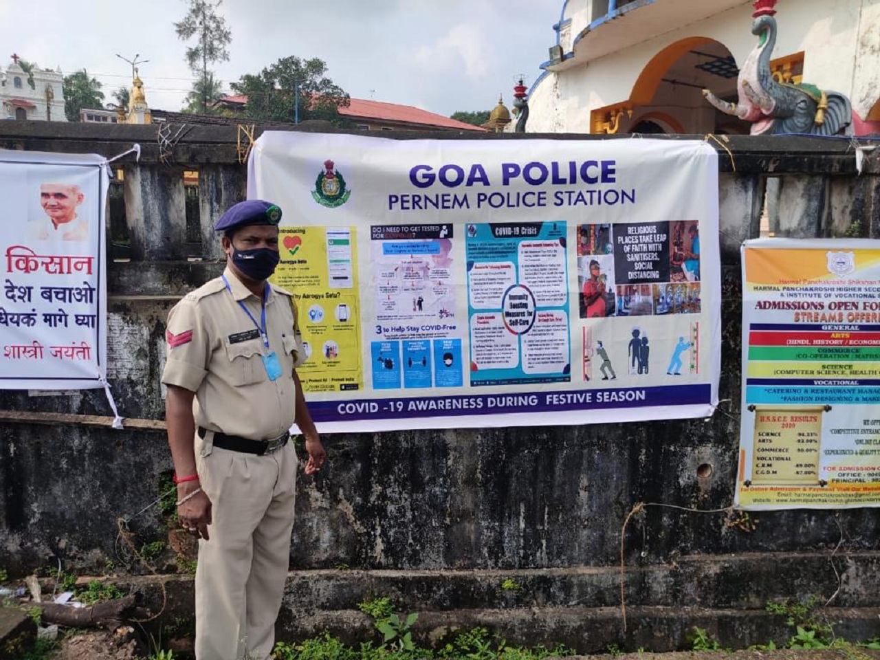 Banners and pamphlets spreading awareness regarding CoVID 19 were done by Goa Police in view of the upcoming festive season