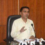 मुख्यमंत्री डॉ. प्रमोद सावंत २५ नोव्हेंबर २०२० दिसा पर्वरी हांगा पत्रकार परिषद घेताना.
