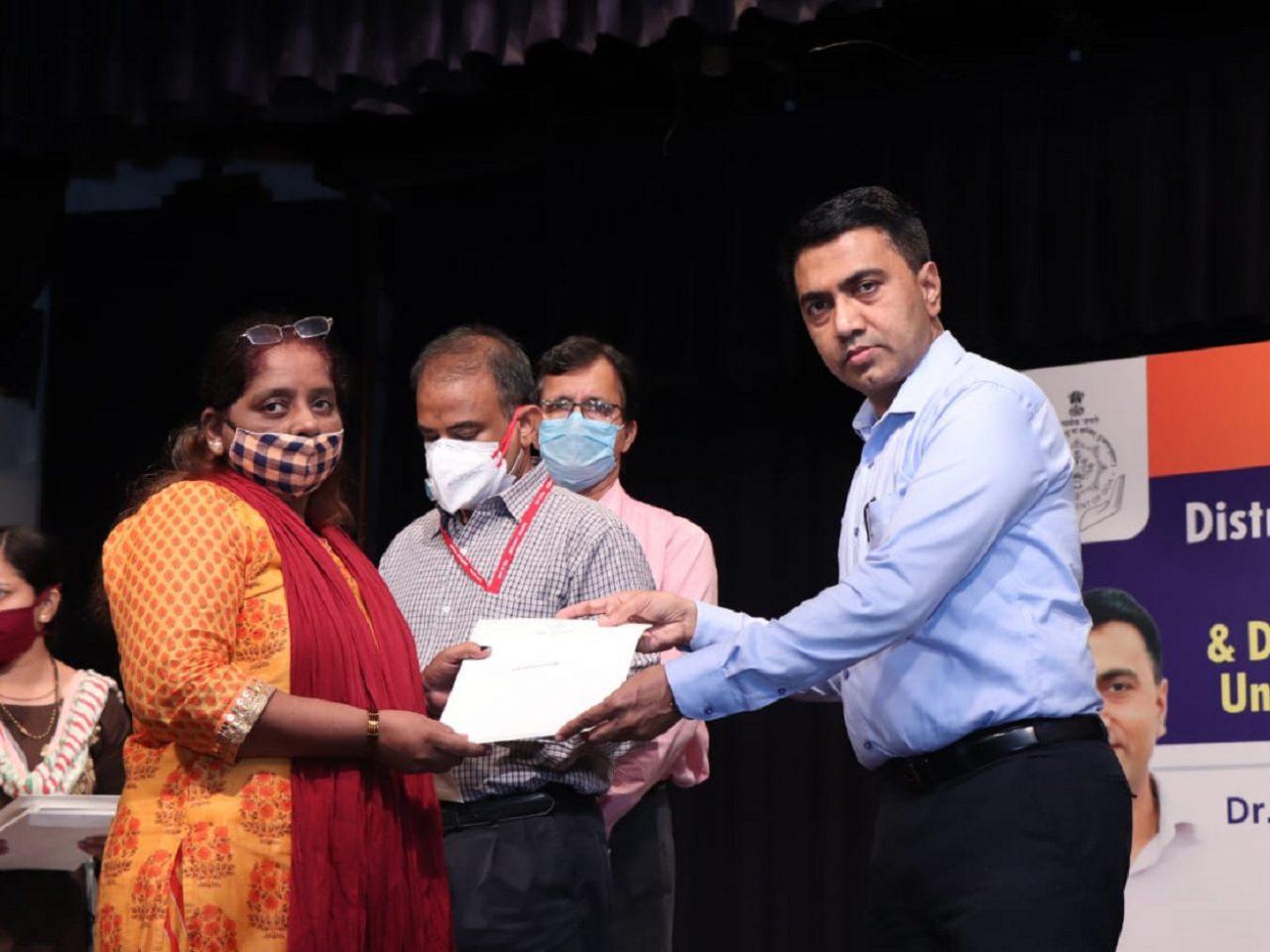 CM Distributes Ex-Gratia To COVID Victims