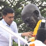 Chief Minister, Dr. Pramod Sawant paid floral tributes to Mahatma Gandhi on the occasion of his Birth Anniversary observed at Old Goa on October 2, 2021.